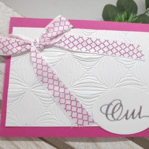 faire part blanc et fushia carte invitation mariage papier gaudre et decoration en ruban scrapbooking idealisa
