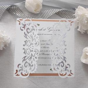 faire part mariage douceur chic ciselé blanc et motif floral corail