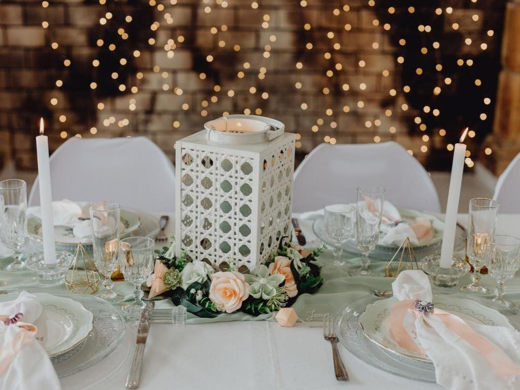 Centre de table en fleurs origami - fraicheur canva