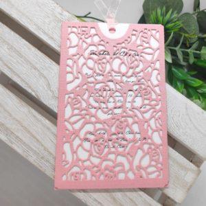 faire part pochette avec roses ciselees invitation carte de mariage idealisa