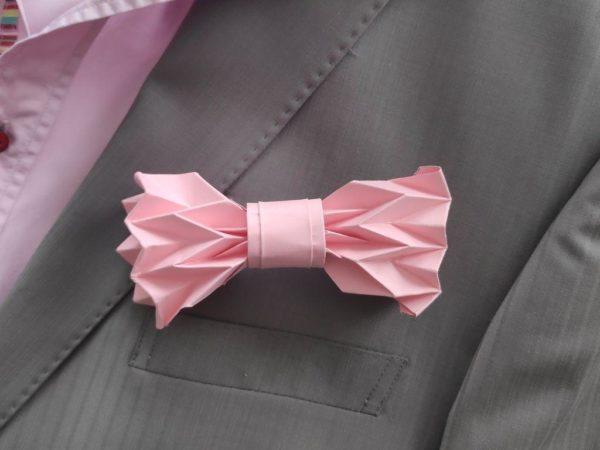 noeud de papillon origami rose